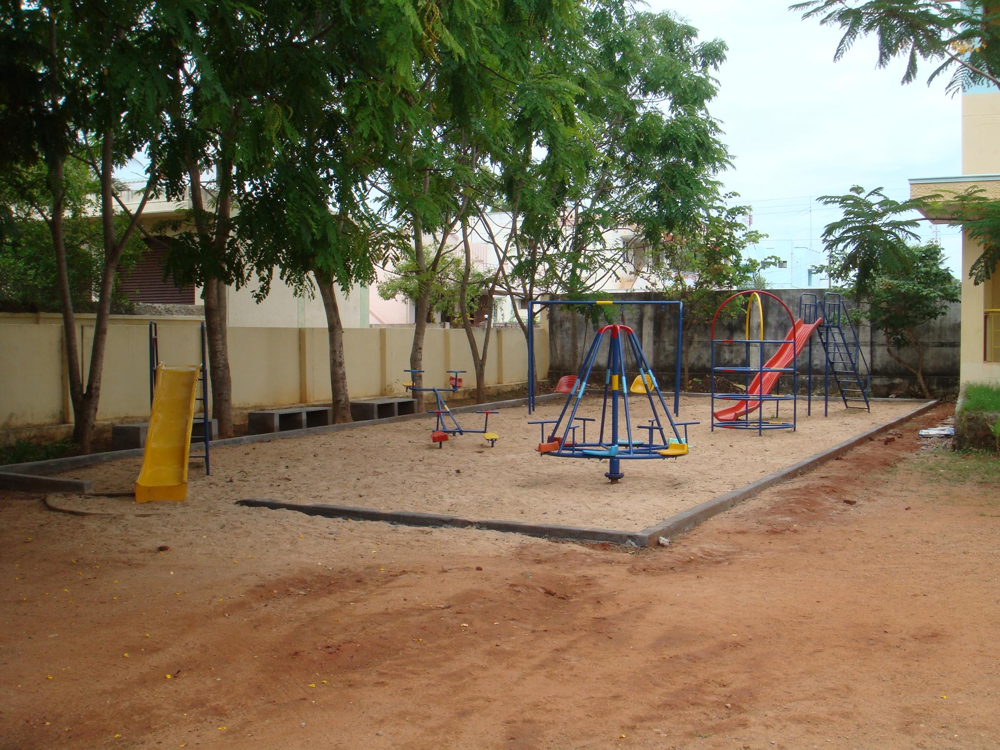 School 066